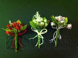 Pick in carta con rose,nebbiolina e foglie